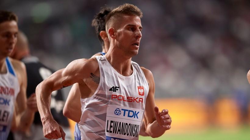 Tokio 2020: Marcin Lewandowski przewrócił się, ale awansował do półfinału biegu na 1500 m