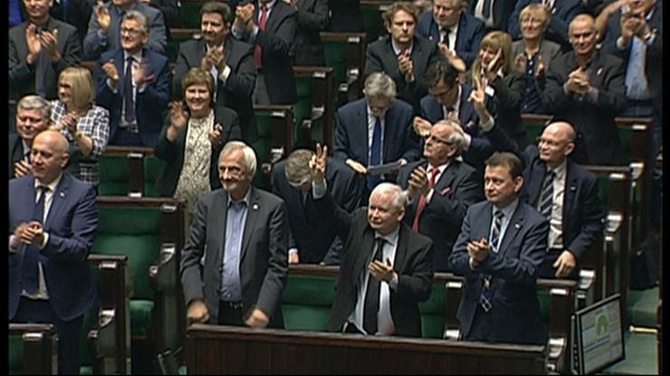 Sejm przegłosował obniżkę wieku emerytalnego