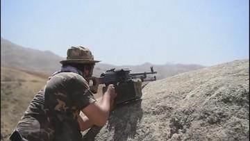 Ostatni punkt oporu w Afganistanie poddaje się. Talibowie triumfują