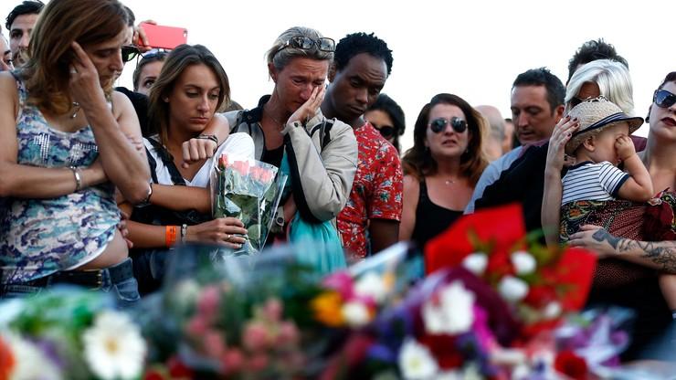 Państwo Islamskie przyznało się do zamachu w Nicei. Policja zatrzymała cztery osoby