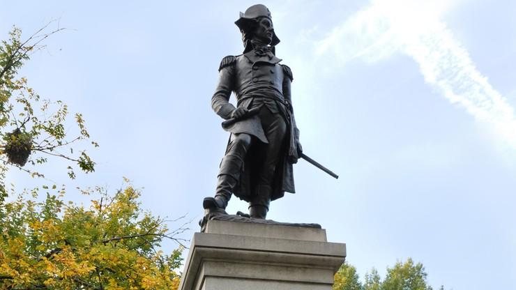 Z pomnika Kościuszki w Waszyngtonie zniknęły wulgarne napisy