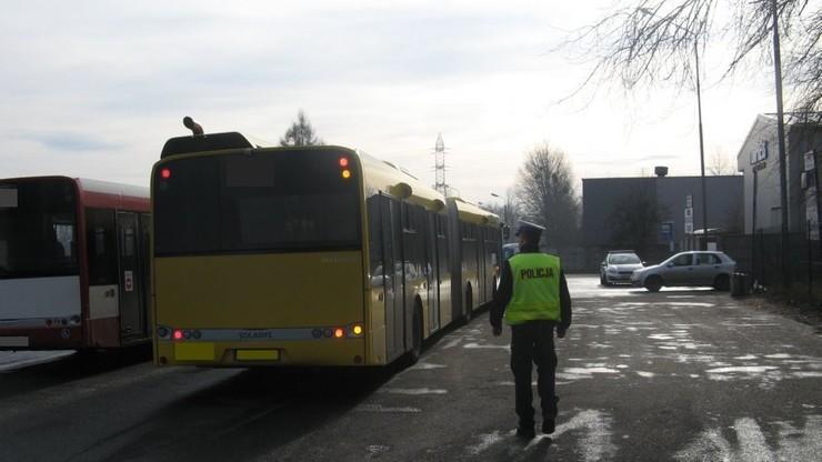 Pijany i bez prawa jazdy woził ludzi autobusem miejskim