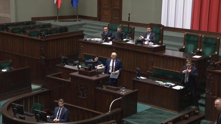 Projekty ustaw o komornikach sądowych i kosztach komorniczych wracają do komisji