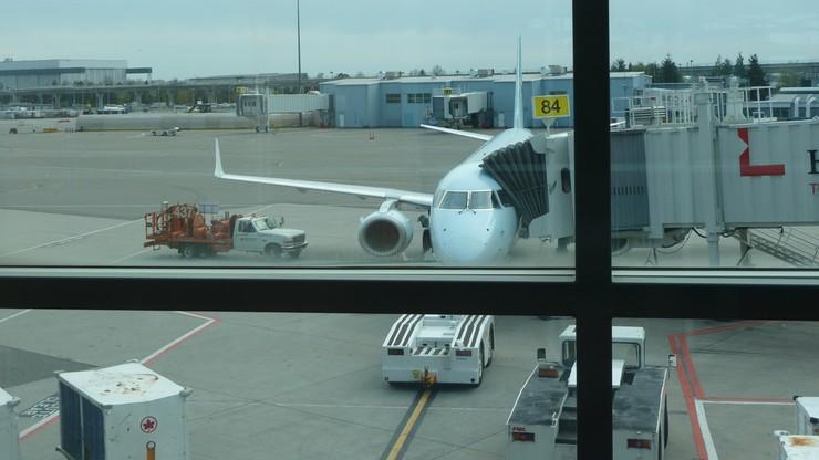 Awaryjne lądowanie samolotu British Airways. Członkowie załogi poczuli się źle