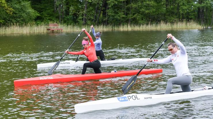 Kadra kanadyjkarek trenuje w COS w Wałczu