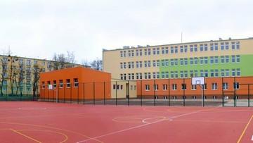 Rodzice zajęli szkołę. Strajk ostrzegawczy w gimnazjum w Łodzi