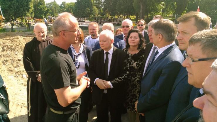 Jarosław Kaczyński odwiedził Łączkę na Cmentarzu Wojskowym na Powązkach