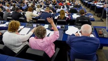 """Europosłowie PiS przeciw rezolucji sprzeciwiającej się m.in. cięciom w rolnictwie. """"Bo w całości jest nie do zaakceptowania"""""""