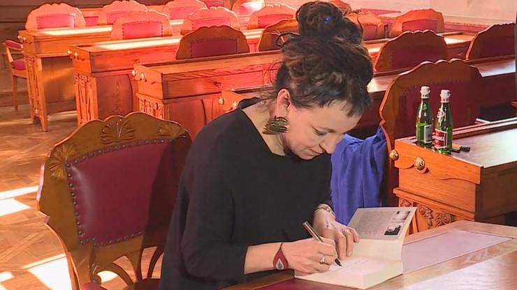 Zandberg: Tokarczuk powinna zapłacić podatek od Nagrody Nobla