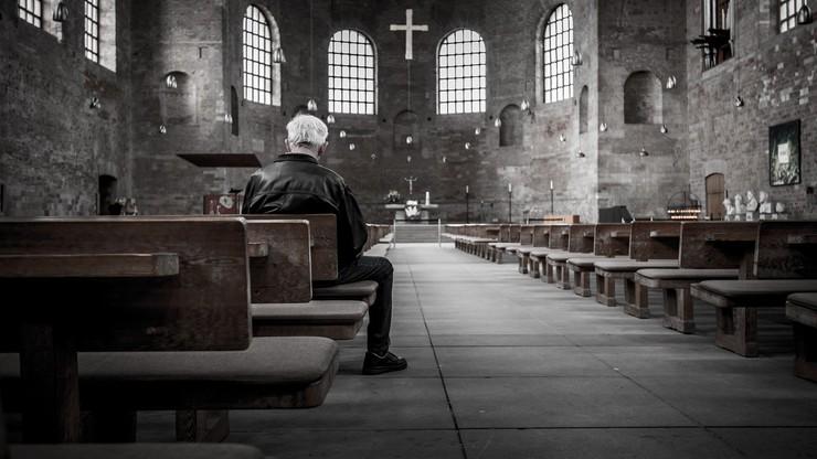 Religijność Polaków. Najmniej wierzących od 20 lat