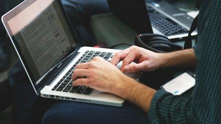 Rekordowe dostawy komputerów na rynek, pomimo braków podzespołów