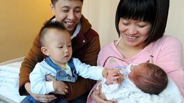 Chińczycy znieśli politykę jednego dziecka. 44 procent urodzeń to drugie w rodzinie