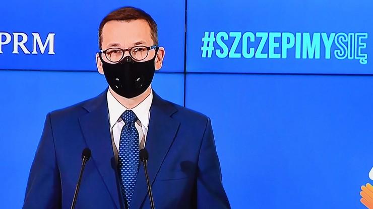 """""""Dawka, której może zabraknąć potrzebującym"""". Premier o szczepieniach poza kolejnością"""