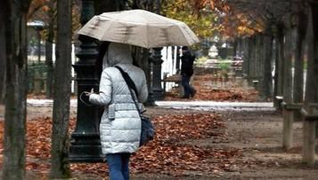 Deszcz, porywisty wiatr i duży spadek ciśnienia. Prognoza na czwartek