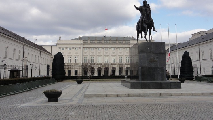 10 zgromadzeń publicznych w Warszawie 10 kwietnia
