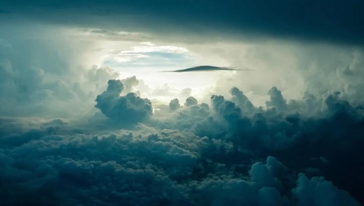 Padł rekord zimna. -111 C stopni w chmurach