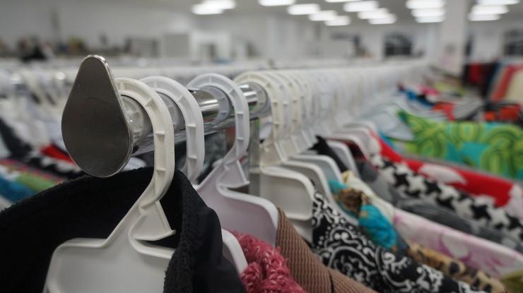 Problem niemieckich handlowców. Pół miliarda niesprzedanych ubrań i butów zalega w sklepach