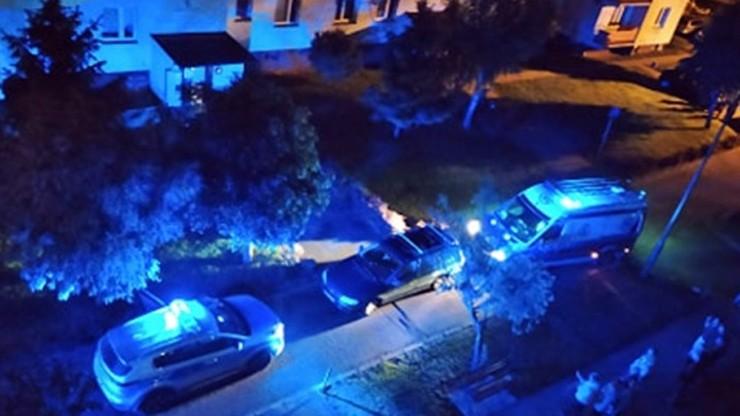 Strzelanina w bloku na Mazowszu. Dwie osoby nie żyją