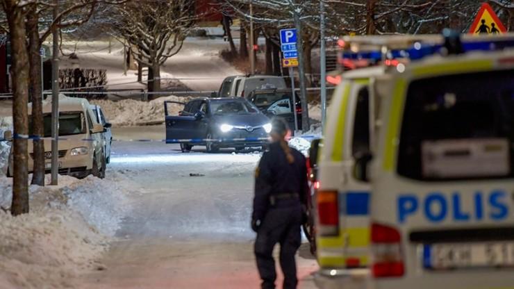 W Sztokholmie trwa walka gangów, policja apeluje do władz o wsparcie