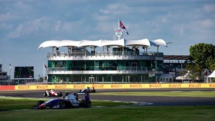 GP3: Janosz dziewiąty na Silverstone. Sędziowie ukarali Polaka