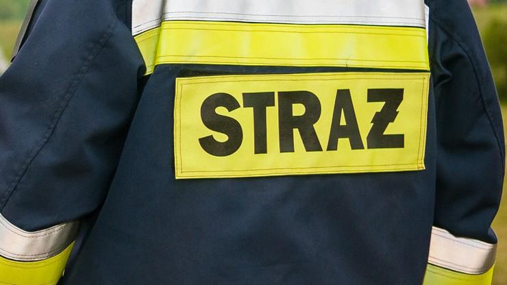 Po pożarze kamienicy w Częstochowie osiem osób w szpitalu. Policja: podpalenie