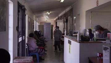 Delta atakuje w nieszczepionej Afryce. Brakuje miejsca w kostnicach