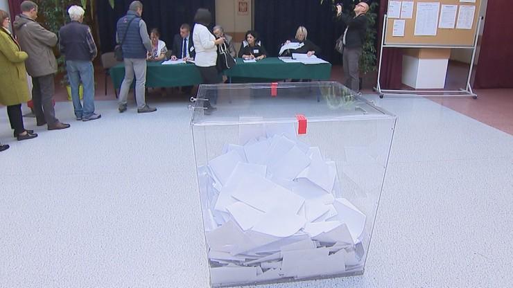 PKW: dwa rodzaje kart do głosowania w najbliższych wyborach do Sejmu