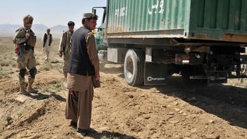 Pakistan stawia ogrodzenie na granicy z Afganistanem