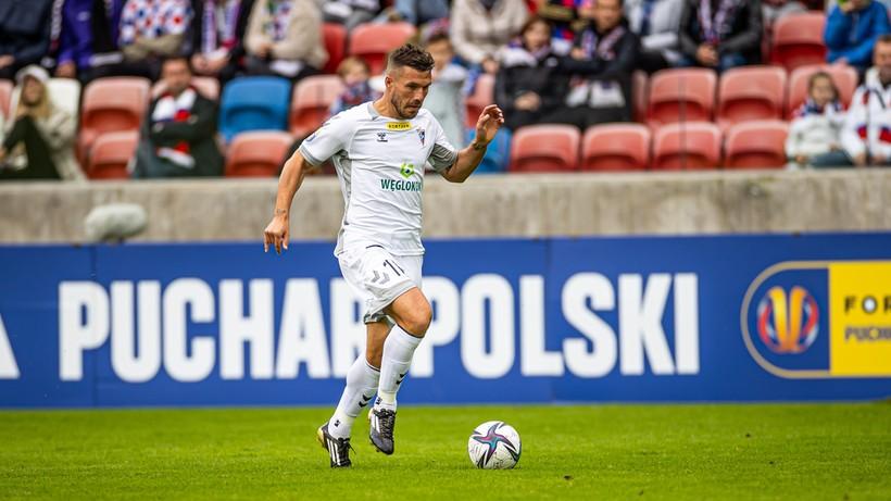 Fortuna Puchar Polski: Górnik Zabrze z Lukasem Podolskim awansował do kolejnej rundy