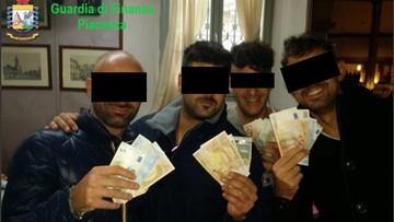 Tortury, handel narkotykami, oszustwa. Skandal na włoskim posterunku