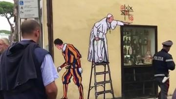 W Rzymie niezadowolenie po usunięciu muralu z papieżem Franciszkiem