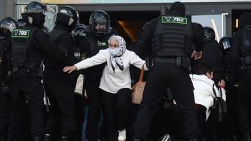 Milicja rozpędza grupy idące na opozycyjną demonstrację w Mińsku. Kolejne zatrzymania