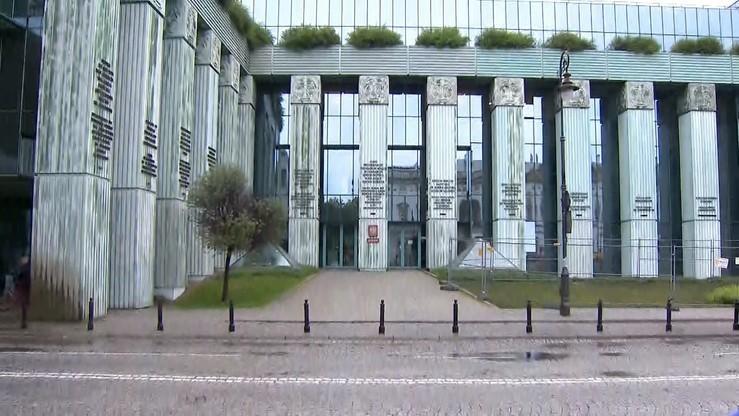 """""""Usunięcie połowy sędziów Sądu Najwyższego jest bezprawne"""" - Zgromadzenie SN o reformie sądownictwa"""