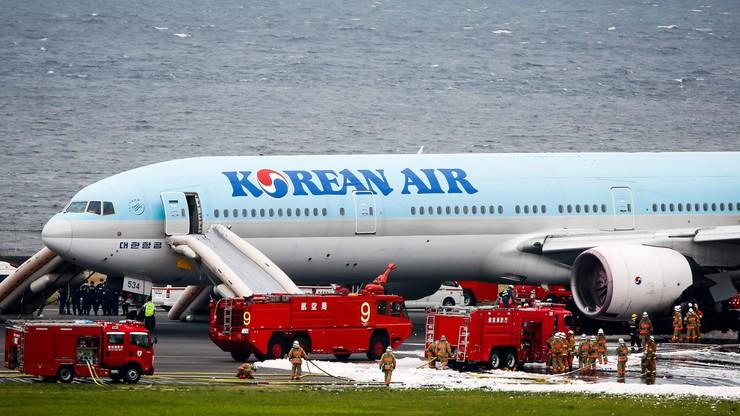 Pożar samolotu na lotnisku w Tokio. Pasażerowie ewakuowani
