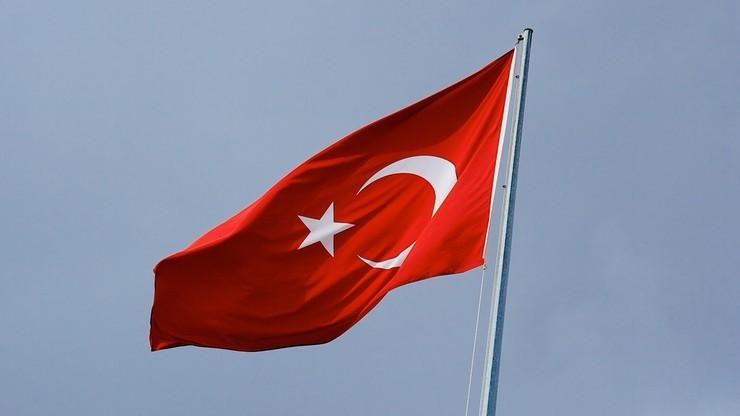 Turcja zezwala na więcej lotów NATO wzdłuż granicy z Syrią