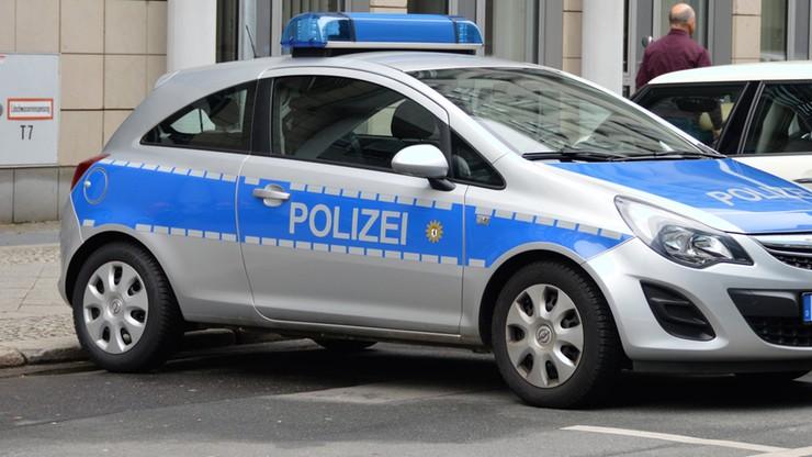 Akcja policji przeciwko dilerom narkotyków. Czterech z nich uznano za niebezpiecznych islamistów