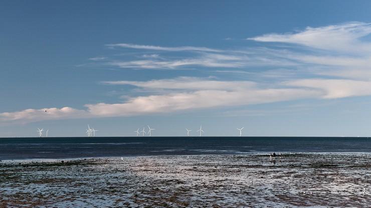 Farmy wiatrowe na Bałtyku. PGE i duński Orsted podpisały umowę ws. offshore