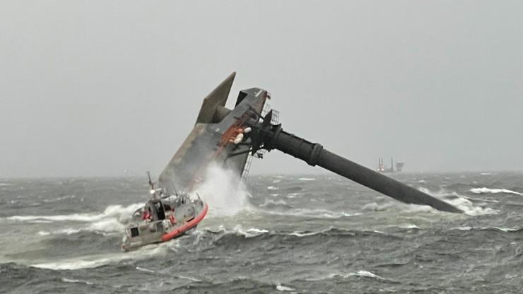 Wywrócony statek u wybrzeży USA. Zakończono poszukiwania zaginionych