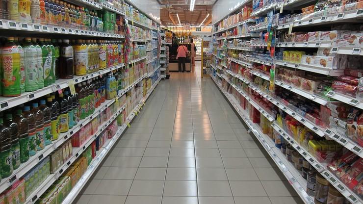 Brytyjskie Tesco wprowadziło limit na sprzedaż papieru toaletowego i mydła