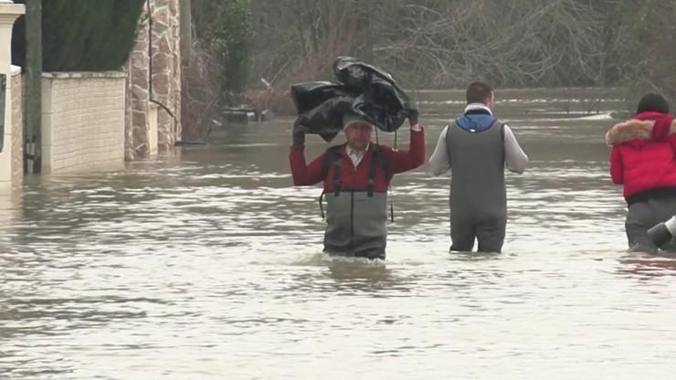 Powodzie we Francji. Alert dla Paryża