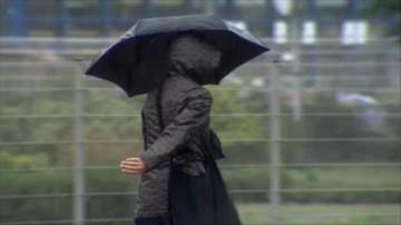 Ostrzeżenia drugiego stopnia dla południa i centrum kraju. Polska w deszczu