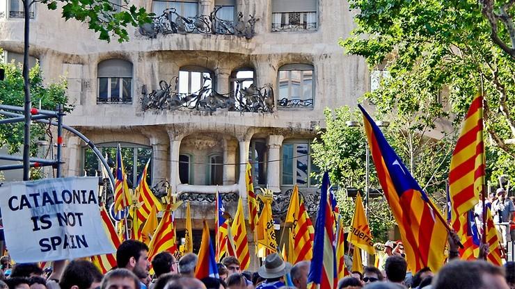 Hiszpański rząd przestrzega przed organizacją referendum w Katalonii