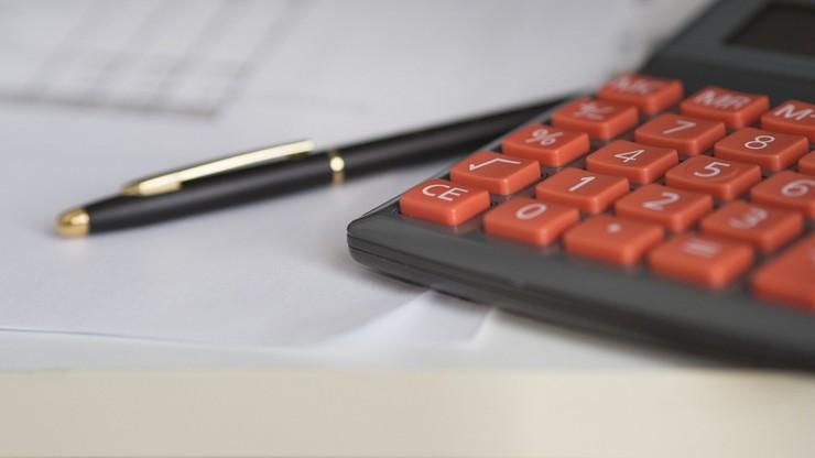 Dorabiasz na wcześniejszej emeryturze? Musisz powiadomić ZUS o przychodach