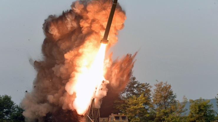 """Korea Północna przetestowała """"olbrzymią wyrzutnię pocisków"""". Kim: potrzebne dalsze próby ogniowe"""