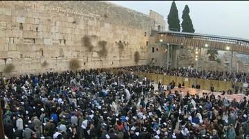 Zbiorowa modlitwa o deszcz pod Ścianą Płaczu. Susza w Izraelu trwa od czterech lat