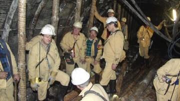 """""""Odejdźmy, dajmy pracować młodszym"""" - apeluje szef górniczych związków do emerytów"""