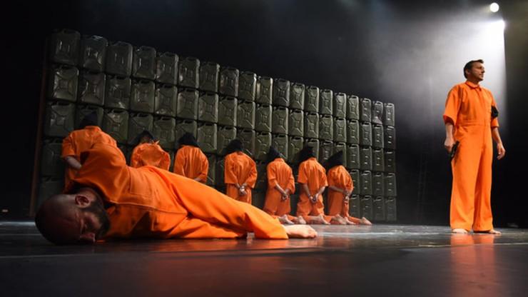 """Teatr Polski odpowiada na """"zwulgaryzowaną krytykę spektaklu w mediach"""""""