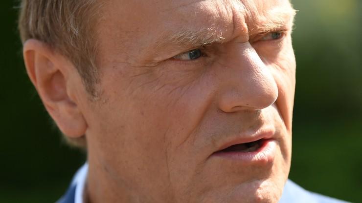 """Tusk zaprasza Kaczyńskiego na spacer. """"Pogadamy o dawnych czasach"""""""