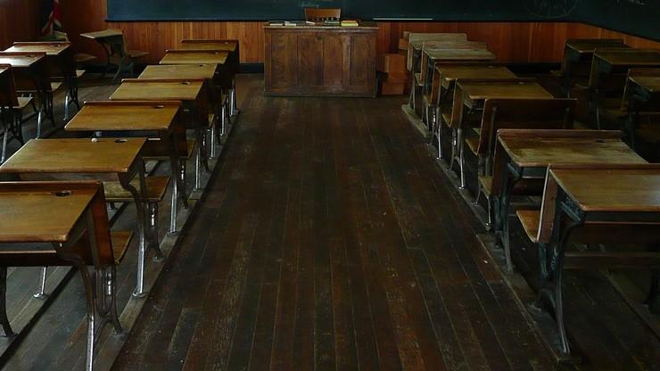 Bełchatów: nauczyciele mieli uprawiać seks w klasie. Prokuratura sprawdza, czy był przy tym uczeń