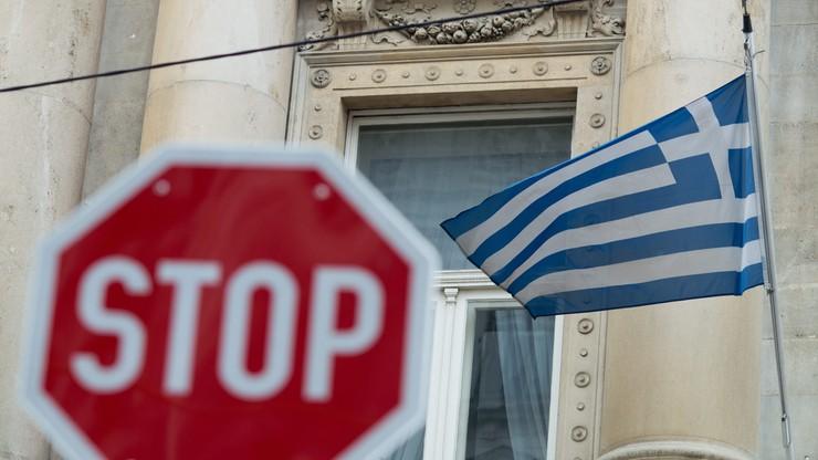 Grecki rząd polecił przewożenie z wysp mniejszej liczby migrantów